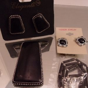 Stunning onyx pendant earrings & Necklace. L5-10